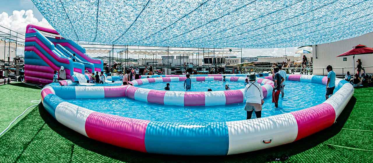 ダイナソーミュージアム 大型プール|ステムリゾート STEM-RESORT 沖縄豊崎